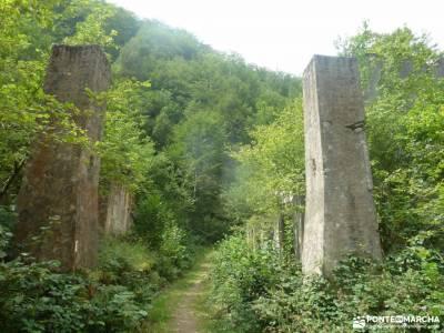 Senderismo Valles Pasiegos, Cantabria; viajes julio cerezos del jerte excursion madrid club de viaje
